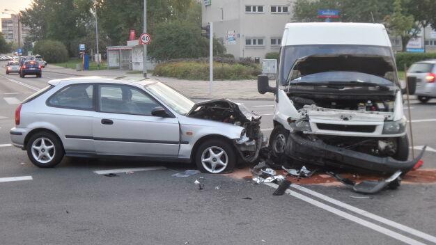 """Wypadek na Tarchominie. """"Dwie osoby w szpitalu"""""""