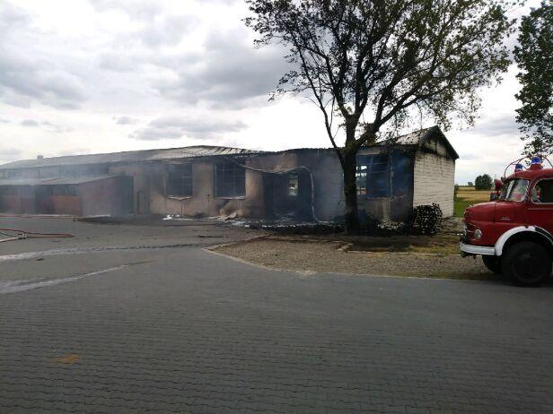 Pożar hali w Mińsku Mazowieckim  Straż pożarna Mińsk Mazowiecki