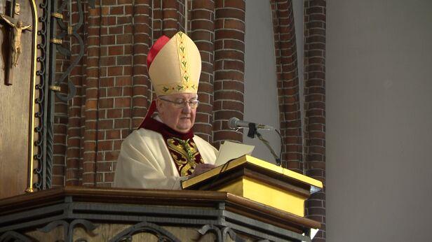 Biskup Romuald Kamiński TVN24