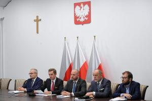 Komisja uchyla decyzję ratusza i przyznaje lokatorom 650 tysięcy złotych