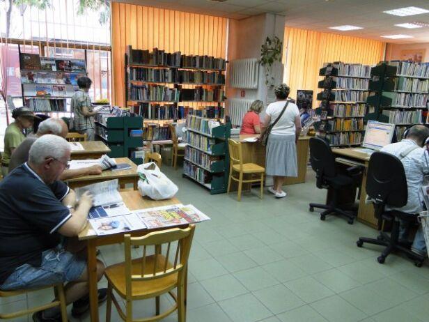 Problemy bibliotek publicznych na Woli Biblioteka Publiczna w dzielnicy Wola