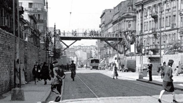 Wystawa fotografii z warszawskiego getta Fotoplastikon Warszawski