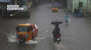 Pierwsze skutki cyklonu Nivar w Indiach